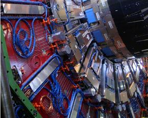 CERN-CMS-endcap-290x230-CREDIT-ArpadHorvath