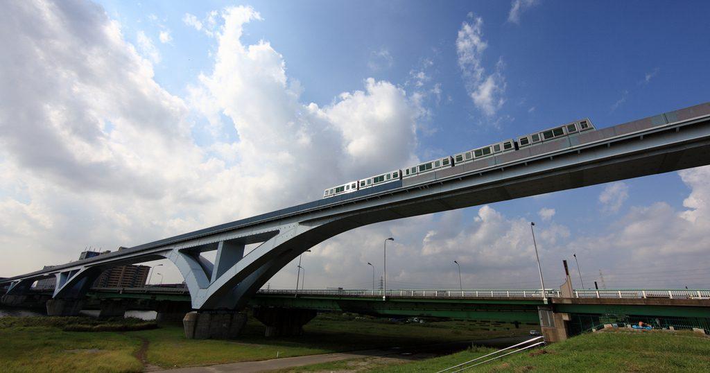 Bridge / 橋(はし)