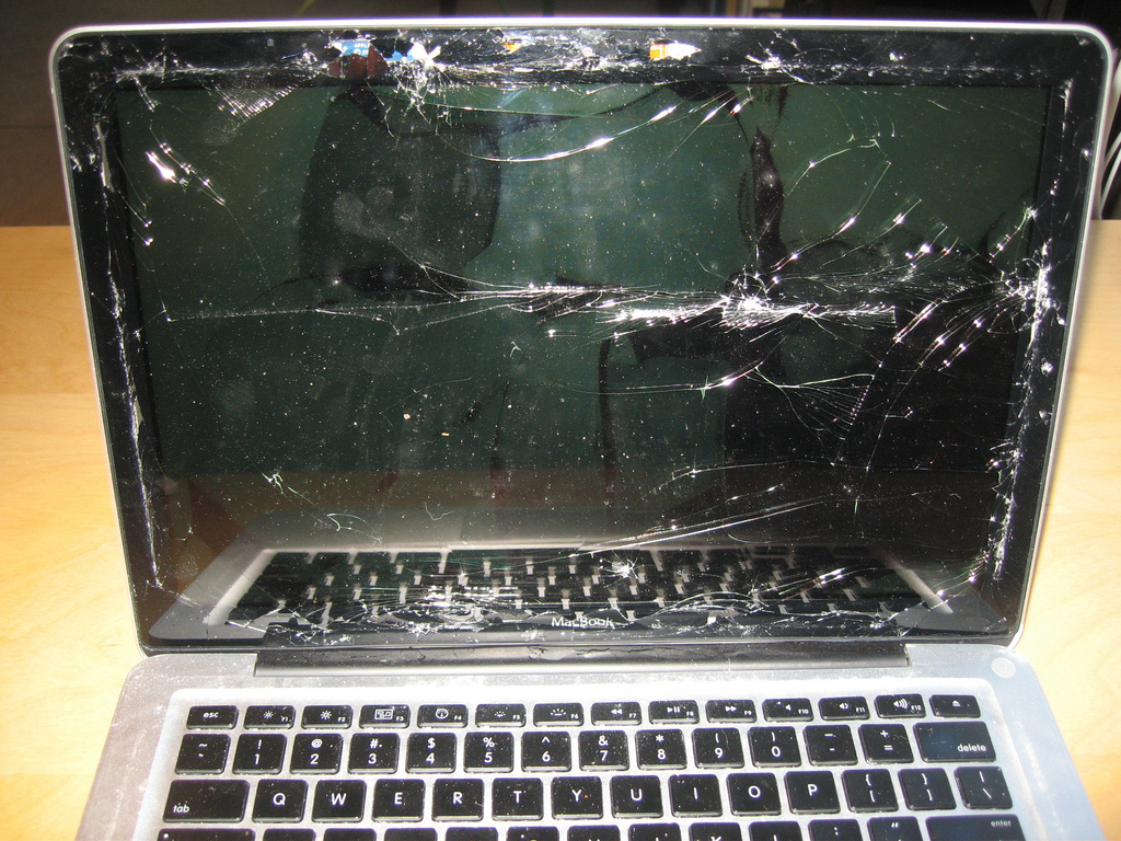 If only this macbook could talk
